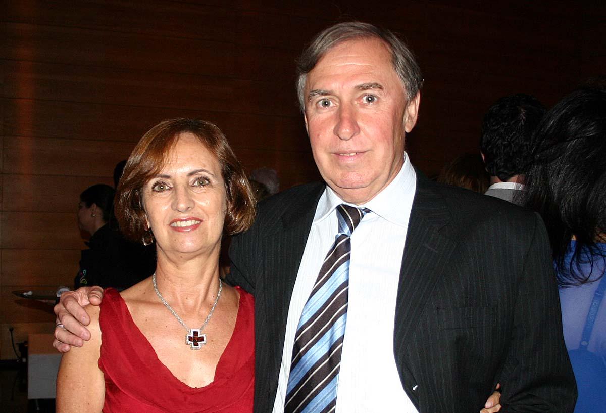 Josefina e o dentista Edalmo Pinho, no Centro Cultural Usiminas