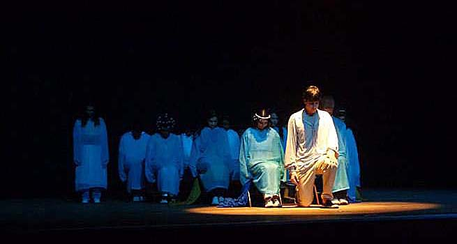 A peça Prisões da Alma terá a sua estreia no Teatro Zélia Olguin, no próximo sábado