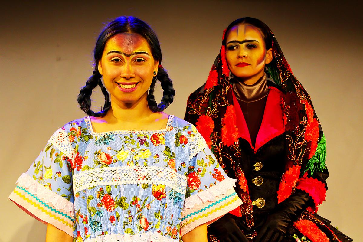 """O musical """"Princesa Frida"""" descreve de forma livre a trajetória da pintora Frida Kahlo (Foto: Allan Calisto)"""