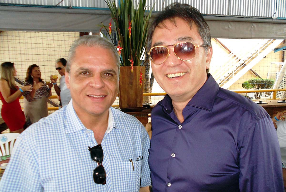 O cerimonialista Carlos Souto e o cirurgião-plástico Júlio Tahara