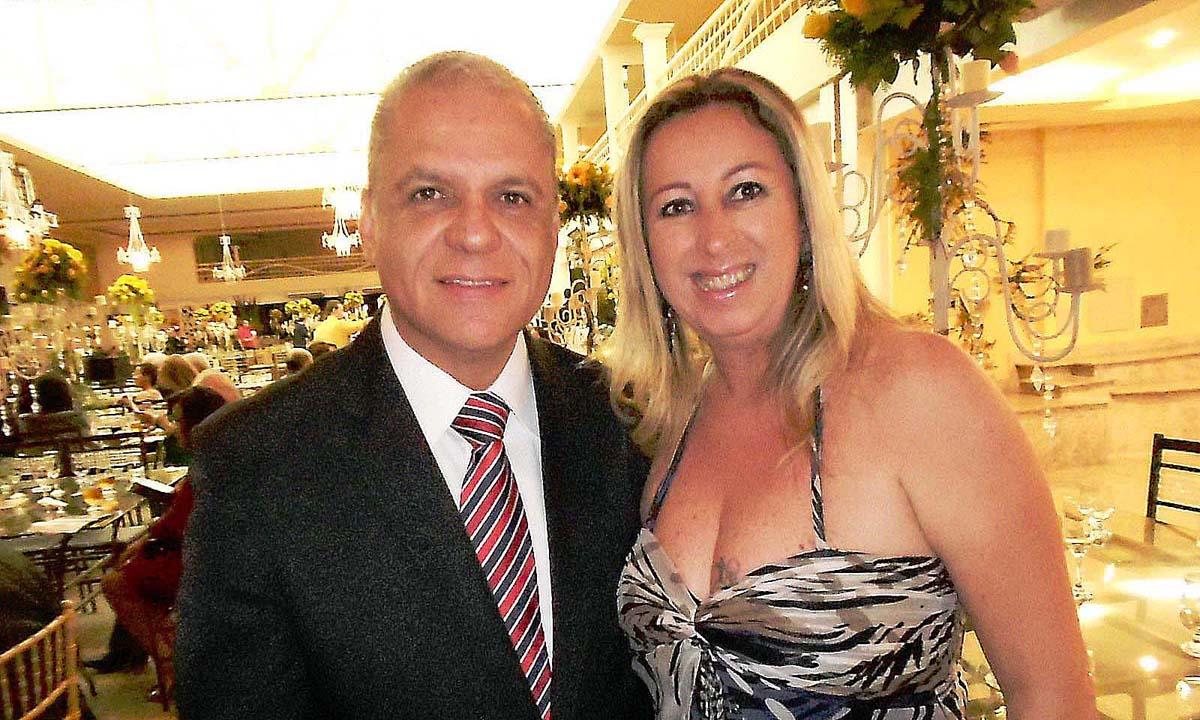 O cerimonialista Carlos Souto e a colunista Silmara Freitas