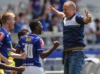 Mano Menezes estreia com vitória maiúscula no Mineirão. Foto: ESPN. com.br