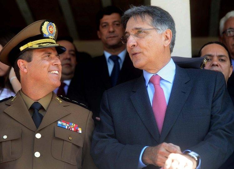 Bianchini ao lado do governador Pimentel. Foto: Omar Freire/Imprensa MG